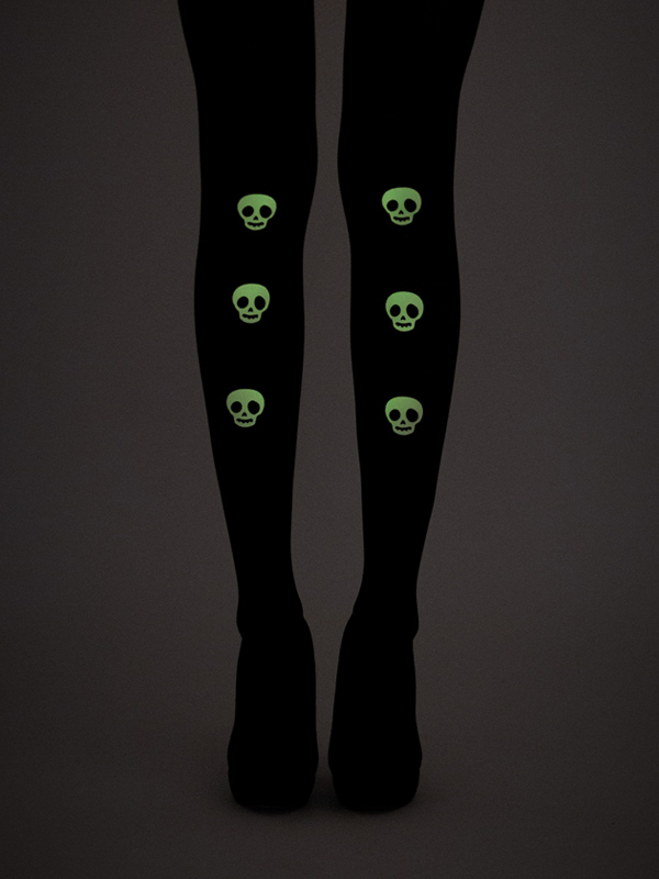 Glow-in-the-dark Skulls