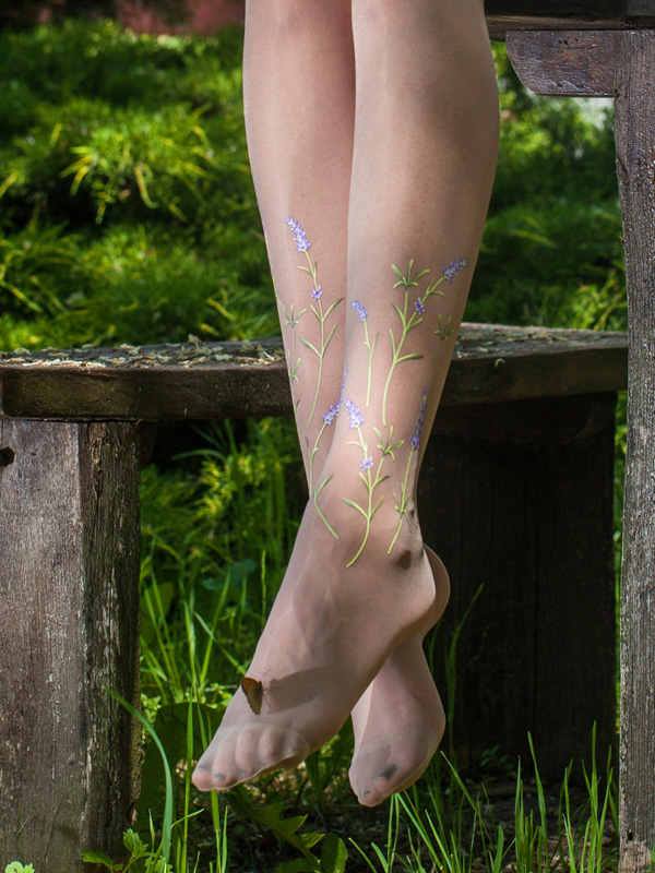 Lavender vintage wedding tights