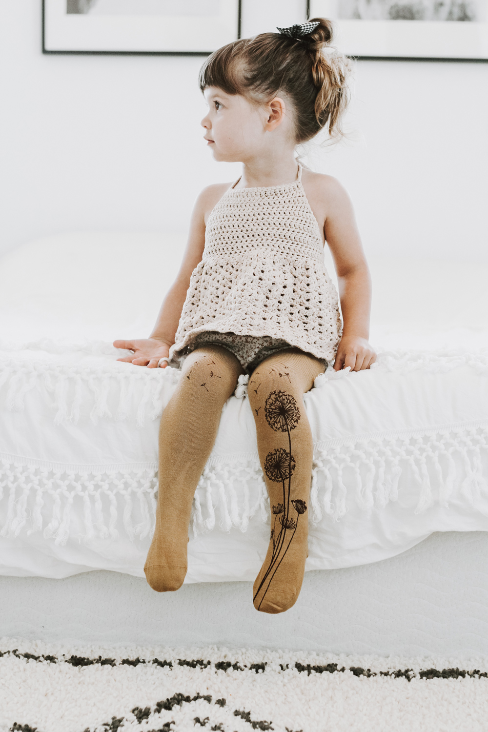 Brown dandelion tights for kids